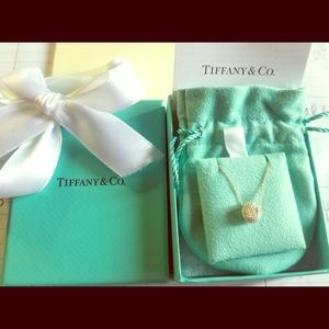 Tiffany & Co Twisted Knot necklace